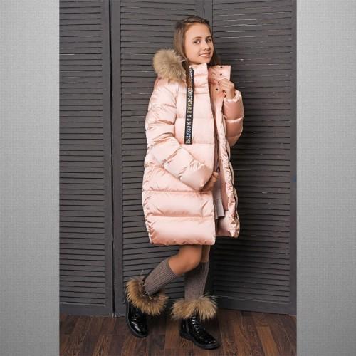 Пальто розовое с вышивкой 3-825 пуховик